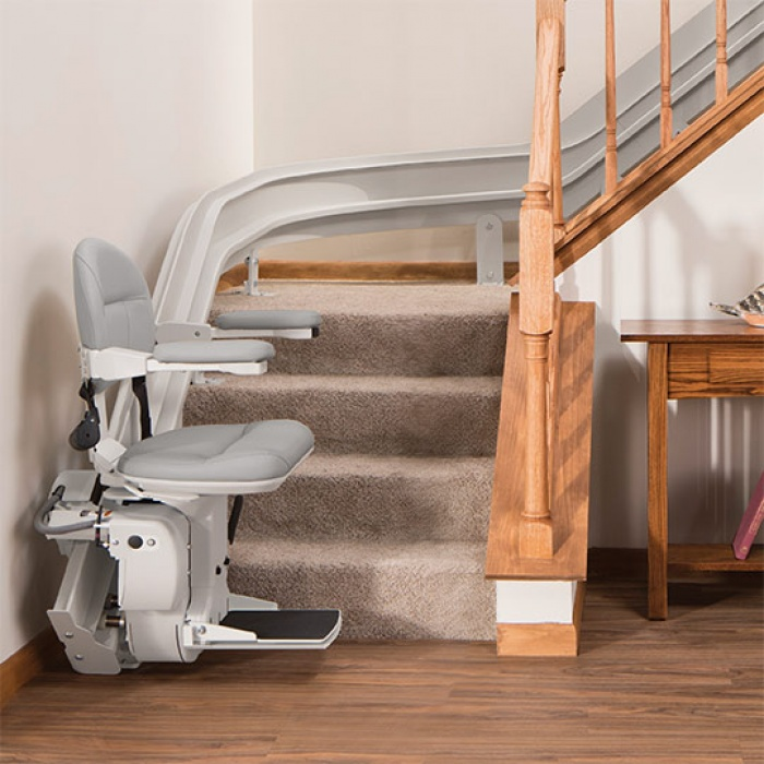 bruno-elite-stair-lift-curved