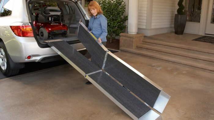 Suitcase Trifold AS Ramp