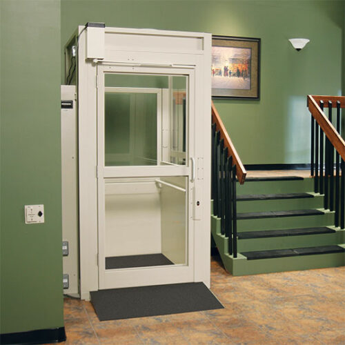 Bruno Enclosure Vertical Platform