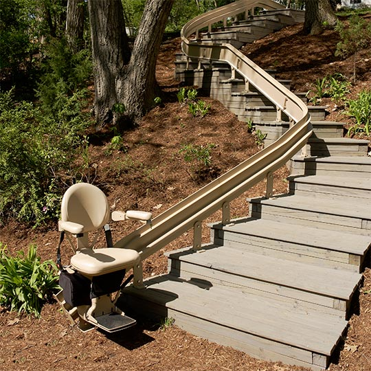 Bruno Elite Outdoor Curve Stairlift